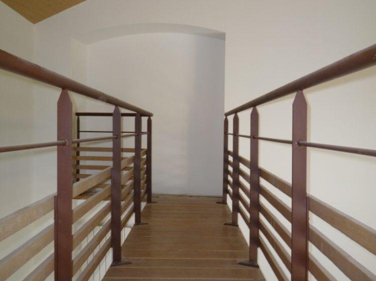 am nagements int rieurs d une maison cr ation d un escalier bois m tal d 39 une mezzanine et d. Black Bedroom Furniture Sets. Home Design Ideas